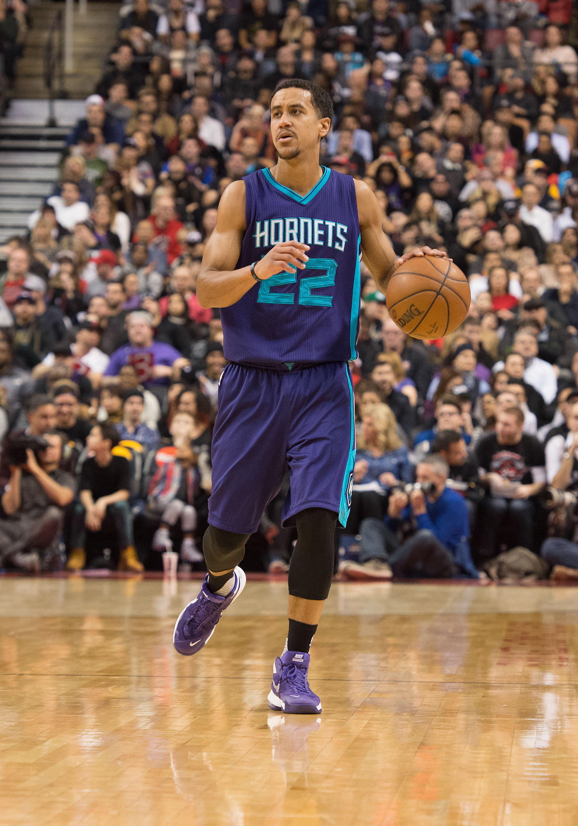 Hornets To Sign Brian Roberts | Hoops Rumors