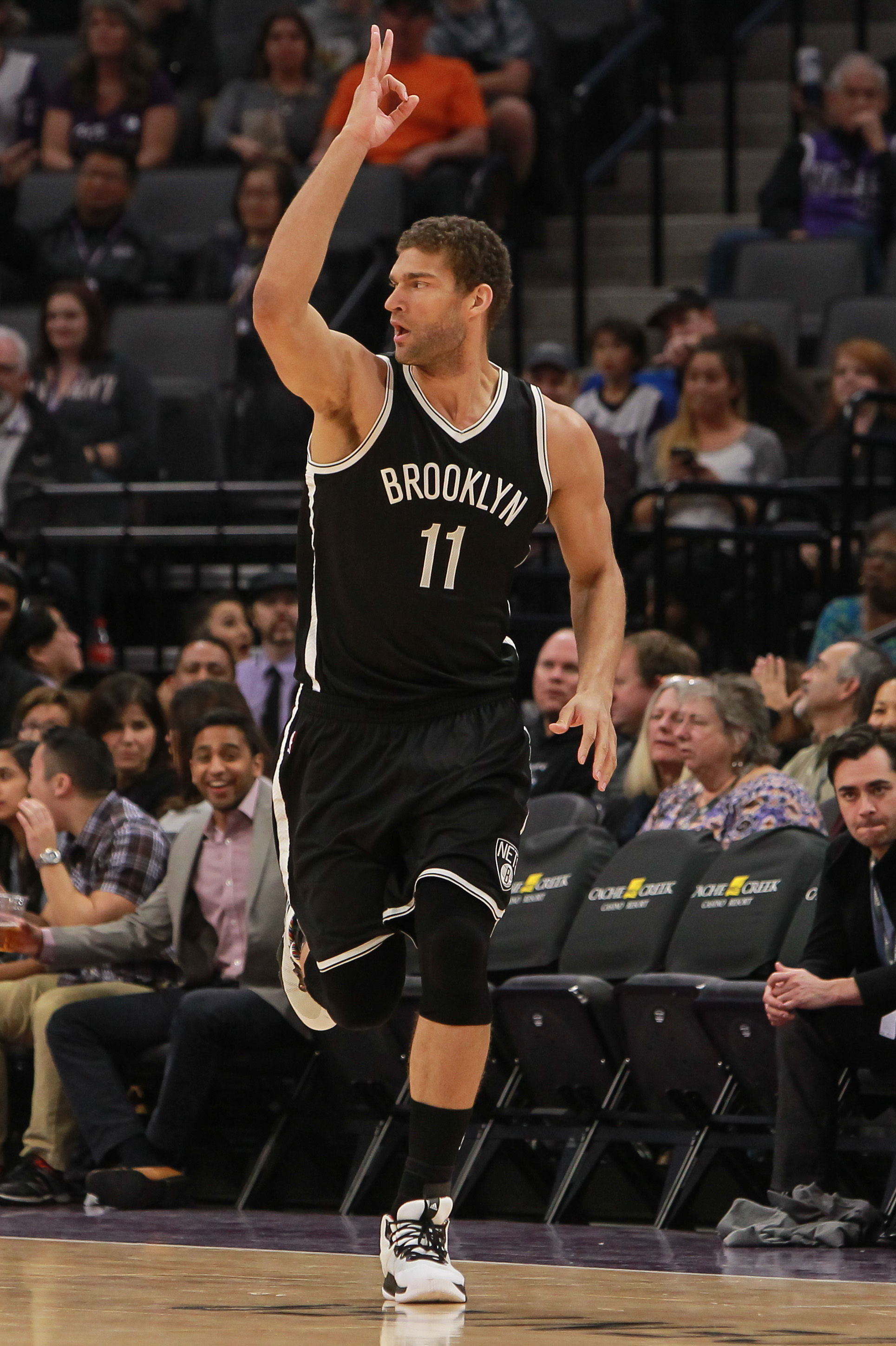 bff4e5f4d Lakers Acquire Brook Lopez For Russell